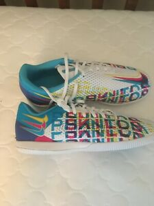 Nike Phantom Junior GT Academy 3D Indoor Soccer Shoes Sz. 4.5 Y