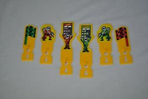 Hot Wheels Yellow Sign Accessories