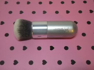 IT Brushes For ULTA Airbrush Essential Bronzer #114 TO GO size