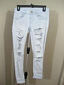 NWOT! AMERICAN EAGLE Light Ripped Super Stretch Super Low Jegging Jeans 4 Short