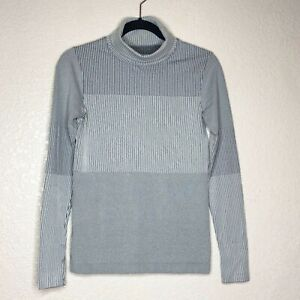Athleta Cowl Athletic Top Neck Long Sleeves Slim Fit Size Small