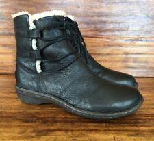 "Women's Ugg ""Caspia"" 1932 Black Leather Sheepskin Lined Boots 10 M"