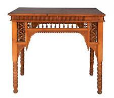 Table d'appoint style oriental à décor de moucharabieh et d'incrustation