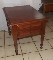 Light Cherry End Table / Side Table with Drawer  (T752)
