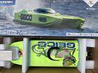 Pro Boat PRB08040  Miss Geico Zelos 36in Twin Brushless Catamaran - Neon Green