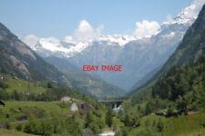 PHOTO  SWITZERLAND 2006 WASSEN VIEW DOWN VALLEY