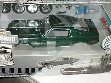 """ERTL 1968 FORD MUSTANG GT390 MODEL KIT 1/18 """"BULLITT"""" BODY SHOP SERIES"""