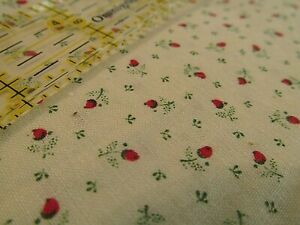 Mini Foiled Rosebud Black /& Gold Floral Print Fabric Continuous Cuts by the Yard