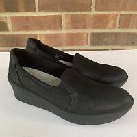Clarks black platform wedge slip on comfort shoes Women's Size US 10 M