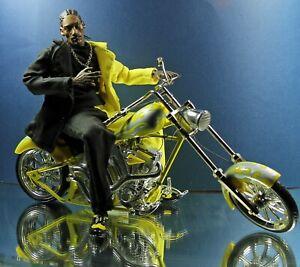 "Snoop Dogg 'Snoopafly' 13"" Action Figure Display Box  Vital Toys 2002 #SD02D"