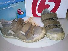 chaussures garçon ~ pointure 29  ***GGB***