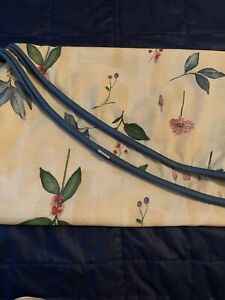 """Croscill Botanica Gazebo 70"""" or 72"""" Round Tablecloth Floral Leaves Watercolors"""