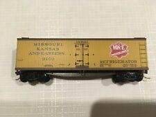 MICRO-TRAINS 49360 Wood Side Refrigerator 40ft, Missouri Kansas & Eastern 3100