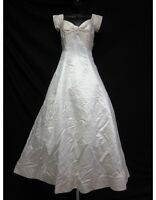 VERA WANG Ivory Satin Off Shoulder Pleated Knot Detail Wedding Dress Sz 10