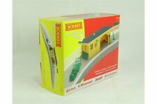 HORNBY R8229 OO 1/76 Building Accessories Pack 3