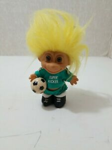 """Vintage 5"""" Russ Troll Super Kicker Soccer Player ⚽️ with Ball Clothes Shoes"""