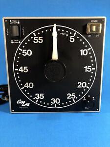 Gralab Model 300 Darkroom Timer Safelight — Tested Working
