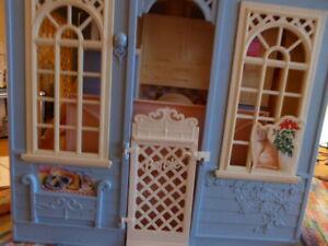 barbie cottage -house -maison 1998 (pas vintage)