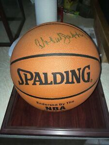 Kareem Abdul Jabbar Autographed Official Leather NBA Basketball w/ Glass Case