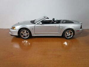 MAISTO 1/18 SPECIAL EDITION SILVER 2003 FORD SVT MUSTANG COBRA NICE *READ*