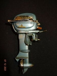 RARE 1950s K&O Miniature Evinrude Big Twin Outboard Motor Toy Battery Operated