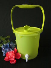 New TUPPERWARE® Jumbo 5 L. Drink Canister Dispenser W/Cariolier Handle Bucket
