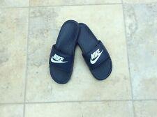 Para hombres Nike deslizadores, Talla 7, Excelente Estado