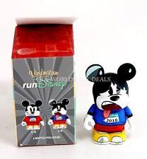 Run Disney 2016 Vinylmation Blue Shirt Runner Mickey Mouse Variant Figure