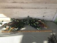 Vintage Multi Colored Swag Arrangement Retired Home Interiors & Gifts