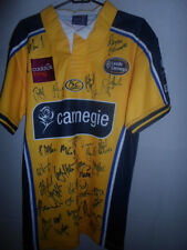 2008-2009 Squad Signed Leeds Carnegie Home Rugby Union Shirt with COA (31627)