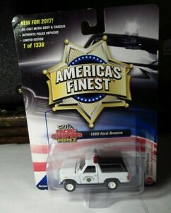 Racing Champions Mint 1980 America Finest Ford Bronco Police California CHP 1336