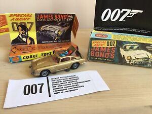 Corgi 1:43  original die cast  261 gold James Bond Aston Martin, Plus Repro Box