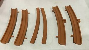 Tri-ang Railways  R431 Large Radius curved sidewals set of 2 for super 4 track