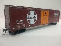 HO Scale 50' DF Insulated Plug Door Boxcar - SANTA FE - SFRB #6150