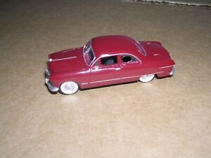 """ALLOY FORMS #2066  1949 Ford 2-Door Club Coupe """"Maroon"""" H.O.Scale 1/87"""