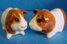 QUAIL DUTCH RED & WHITE GUINEA PIG PIGS SALT & PEPPER POT CONDIMENT CRUET SET