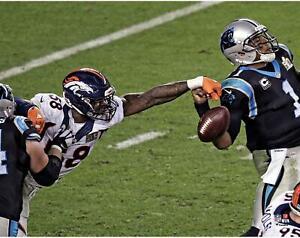 """Von Miller Denver Broncos Unsigned Super Bowl 50 Strip Sack 11"""" x 14"""" Photo"""