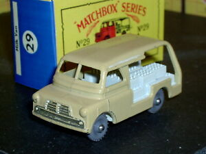 Matchbox Moko Lesney Bedford Milk Float 29 a2 white GPW D-C SC4 VNM crafted box
