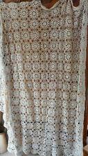 rideau ancien ou dessus de lit