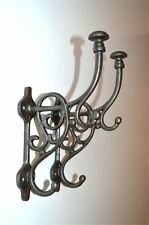 Un par de estilo Art Nouveau Hierro Fundido triple coathook Pared suspensión de Puerta Gancho Para Ropa AL43