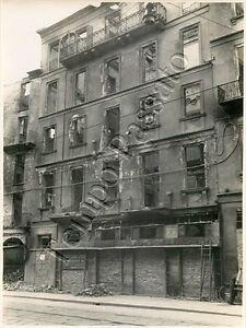 Seconda guerra mondiale - Fotografia di Milano dopo bombardamento aereo - 1943