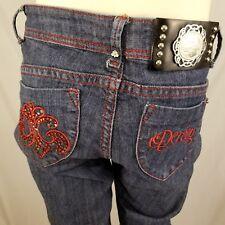 Dereon Jeans Womens 3 / 4 Medium Wash Straight Leg Red Stitching Embroidered