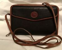 Vintage Dooney Bourke AWL All Weather Leather Crossbody Clutch Zip Wallet BLACK