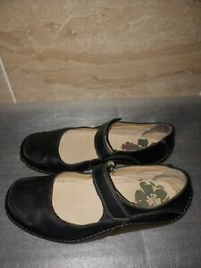 Clarks ladies leather Mary Jane shoes size 5D