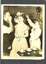 GINGER ROGERS + BURGESS MEREDITH RECEIVE MAKE-UP ON SET BETWEEN TAKES - 1946 BTS