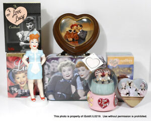 LOT I LOVE LUCY Ethel LUNCHBOX, SNOW GLOBE, COOKBOOK, TIN, VHS, COLLECTOR PLATE