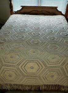 Vintage Handmade French Bedspread Crochet Sunflower Popcorn Sofa Throw Blanket