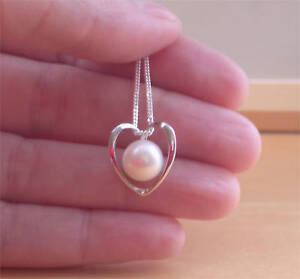 925 White Fresh Water Pearl Pendant & Sterling Silver Chain/Pearl Necklace UK