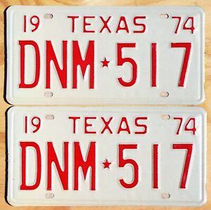 1974 Texas license plates #DNM-517  ---  NOS PAIR