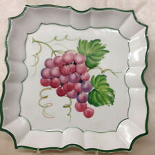 """VIETRI ITALY DISAPPEARING GRAPES WALL PLATE 8 5/8"""" PURPLE GRAPES"""